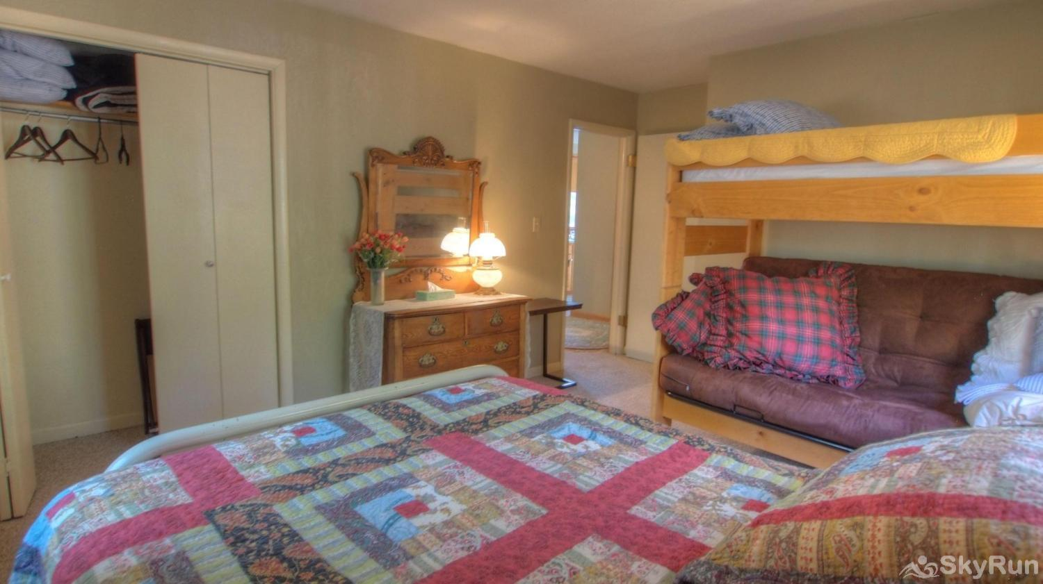 Dory Lakes Cabin Bedroom 2